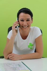 Dagmar Svobodová při telefonické konzultaci